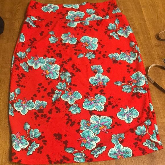 Lula Roe Cassie Midi Skirt